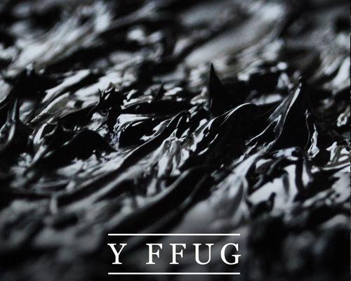 Blog: Brwydr Ffug y Bandiau?, Golwg360